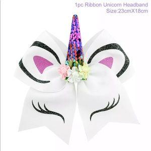 White unicorn hair bow 🦄